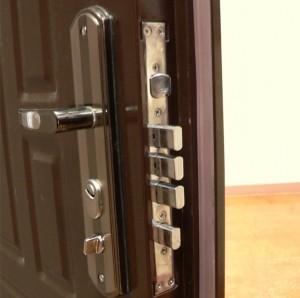 Стальные двери,плюсы и минусы
